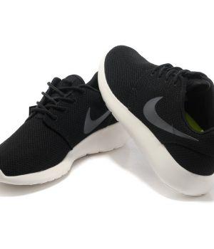 Nike Roshe Run Унисекс Черно-белые (36-45)